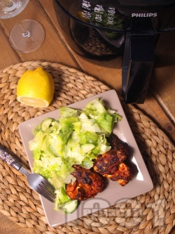 Пържени пилешки крилца без мазнина с хрупкава коричка и билки в AirFryer - снимка на рецептата